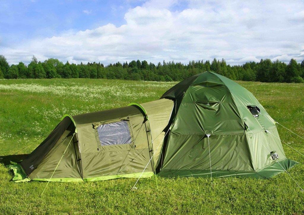 ЛОТОС 5 Универсал с пристегнутой спальной палаткой и установленным влагозащитным тентом ЛОТОС 5У-1